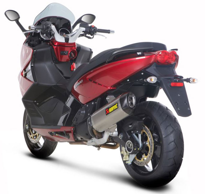 Akrapovic Exhaust S-A8SO2-HWSS for Gilera GP 800 in Exhaust Systems