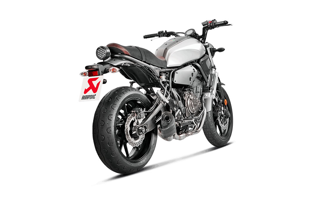 Akrapovic Complete Racing Exhaust System Yamaha MT-07 / FZ-07, Tracer 700,  XSR700 with Carbon Sleeve/End muffler